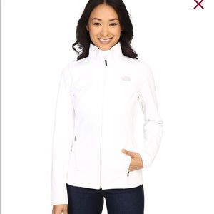BRAND NEW white north face apex jacket- large